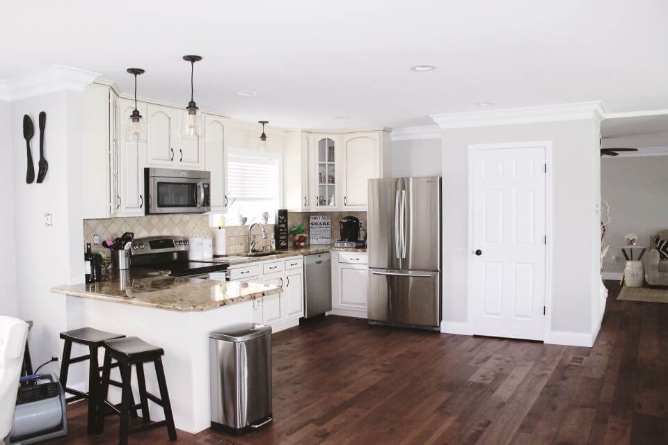 Hardwood Flooring in kitchen | Reinhold Flooring